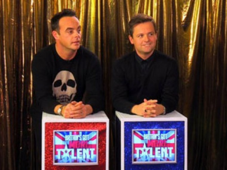 Ant and Dec play Blankety Blank