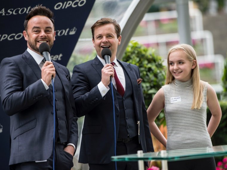 The kids of Colts & Fillies ask Ant & Dec!