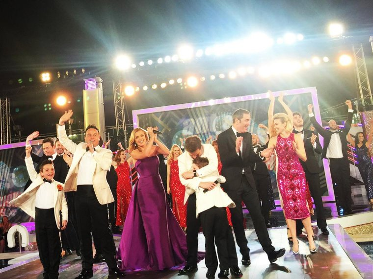 Saturday Night Takeaway: The Best of the Bits!
